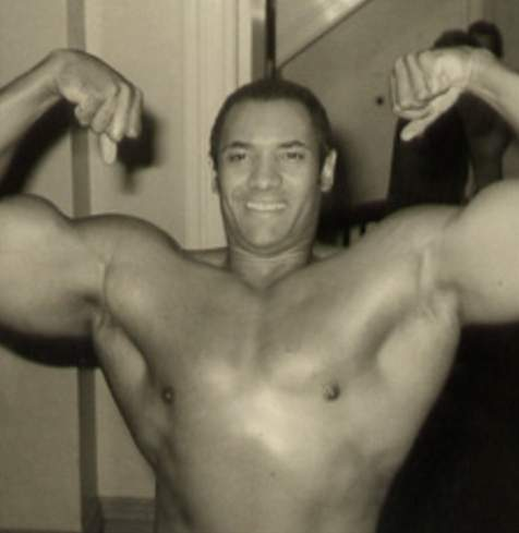 パワーはともかく筋肉は凄いレスラー