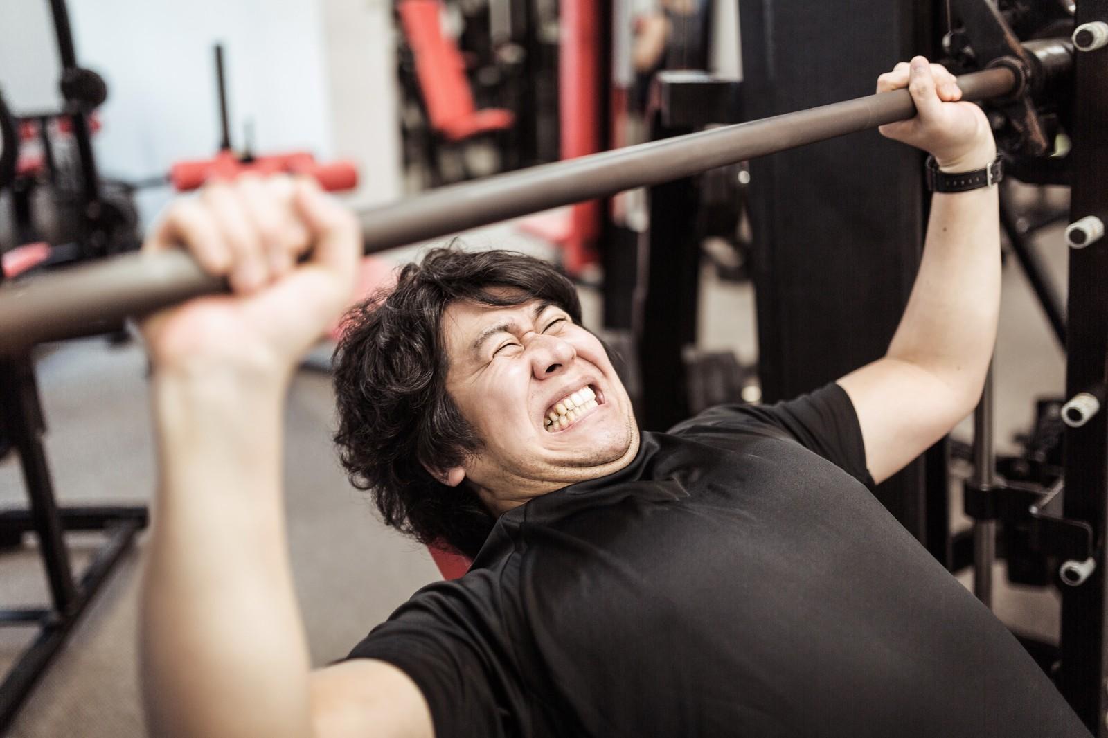 筋トレJ民、本当はベンチプレス60kgで潰れる貧弱ばかりだった