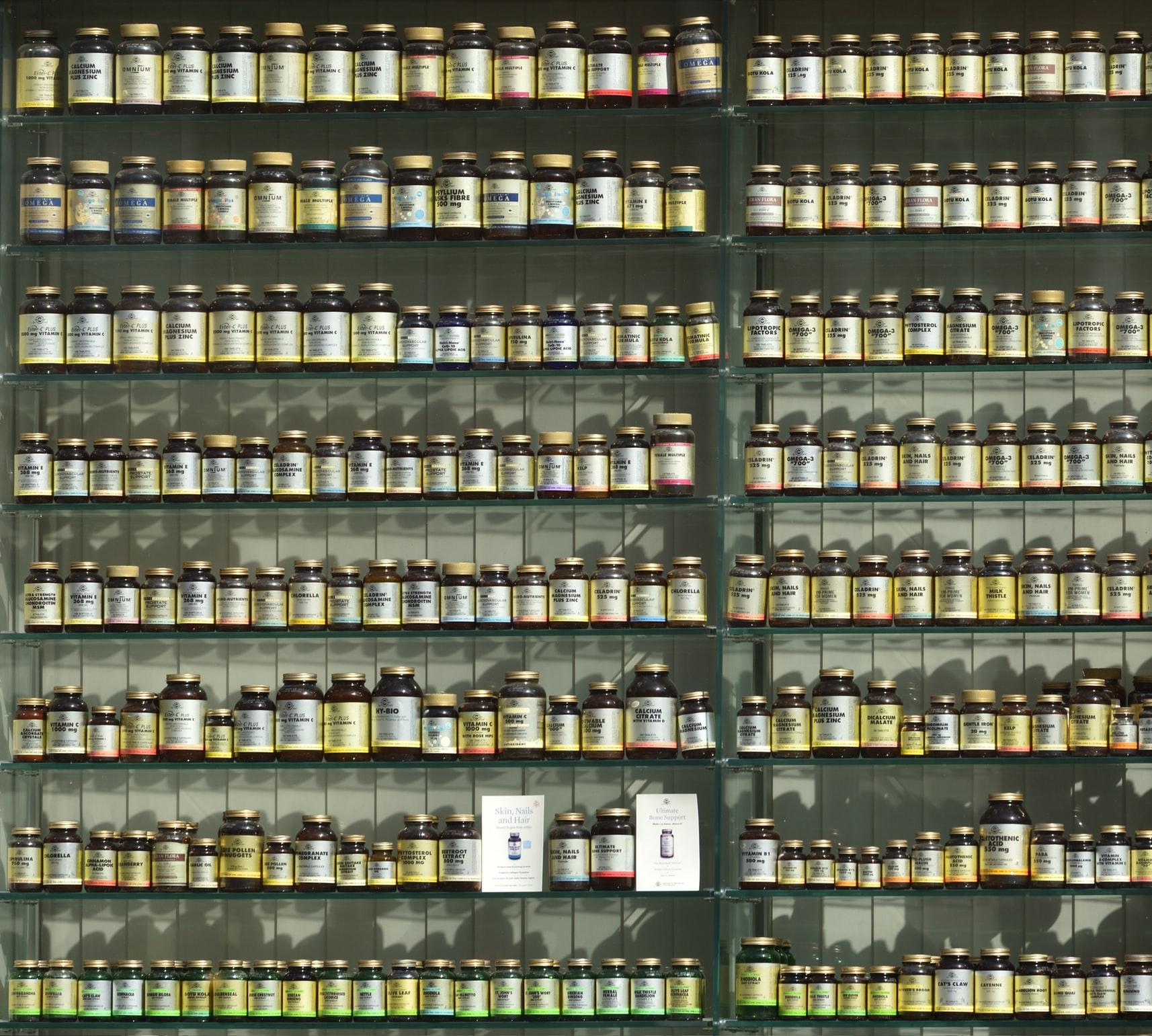 【悲報】ワイジ、摂取する筋トレサプリが30種類を越える