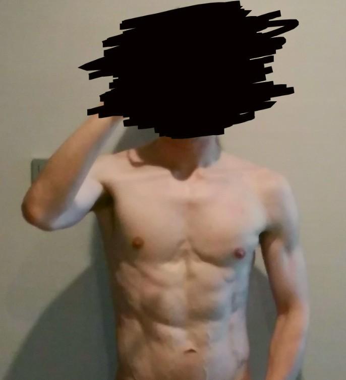 ボディビルダー「腹筋割るのに腹筋運動は必要ないぞ」ワイ「ほーん」