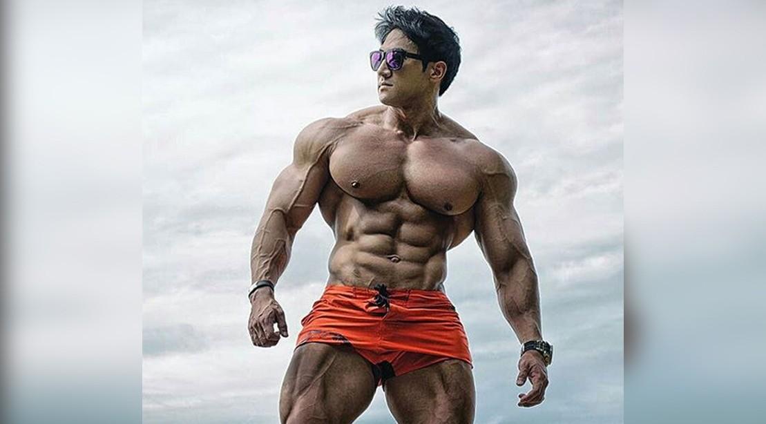 【朗報】アジア人最強のボディビルダーの筋肉
