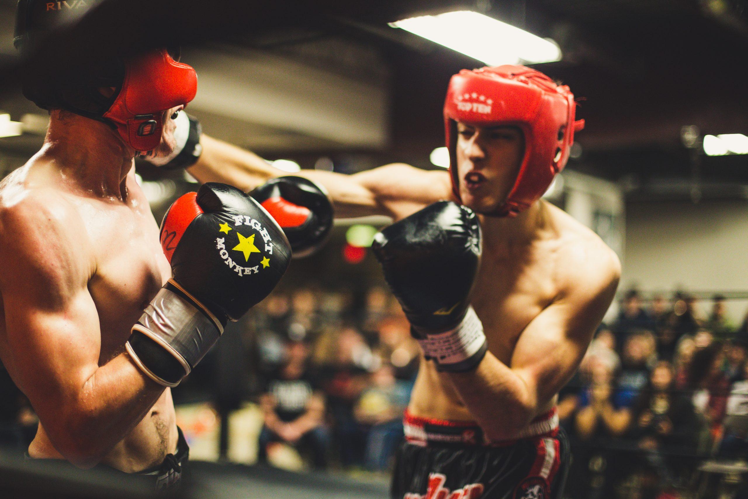【悲報】 プロレスラーのシバターさん、20kgも軽い朝倉未来とか言う格闘家に25秒でKOされる。プロレスラーは弱いのか?