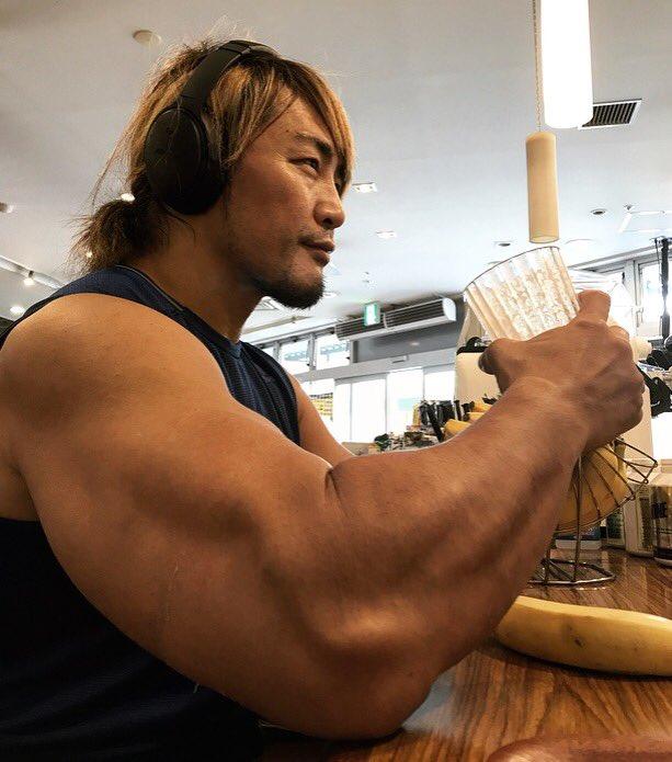 筋肉プロレスラー棚橋の腕