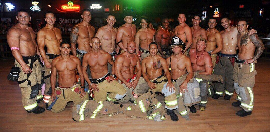 【画像】アメリカ消防隊員の肉体wwww