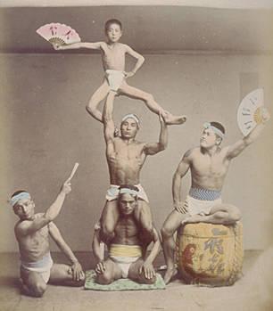 【画像】現代人と江戸時代の人の筋肉の付きかたの違いwwww